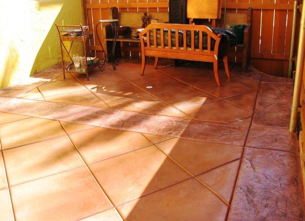 decorative concrete patio 2 1 986x716 986x716